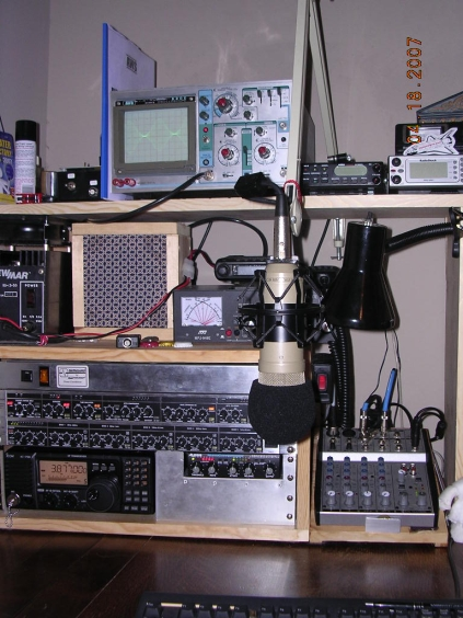 The Voodoo Audio Equipment of W5EFR!